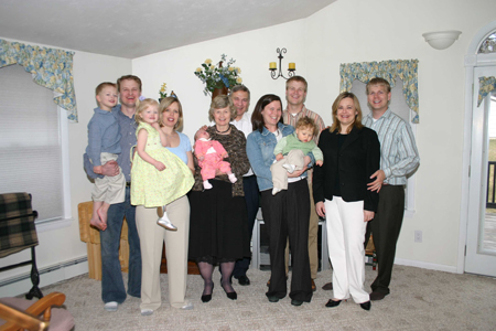 family-picture-easter-2007.jpg